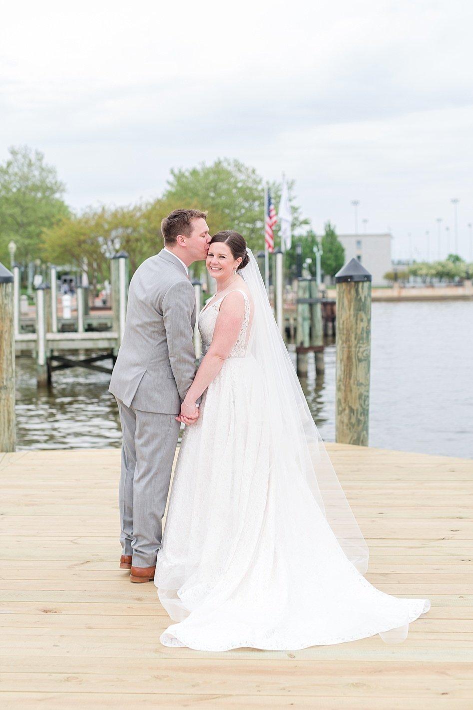 Bride and groom portraits Annapolis wedding Arpasi photography