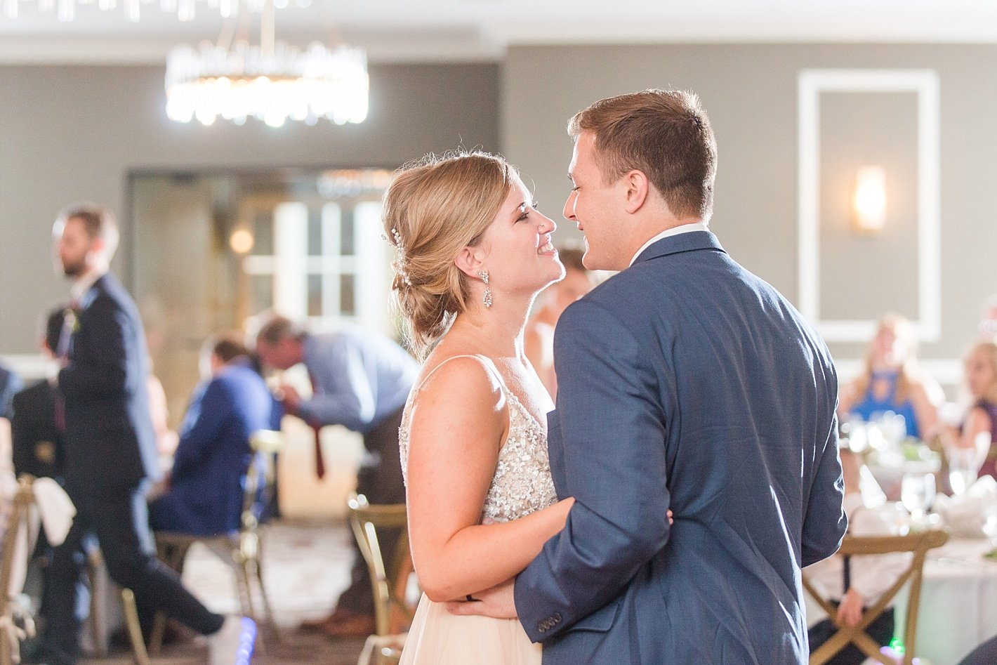Eagles Nest Country Club wedding reception, Arpasi Photography first dance photo