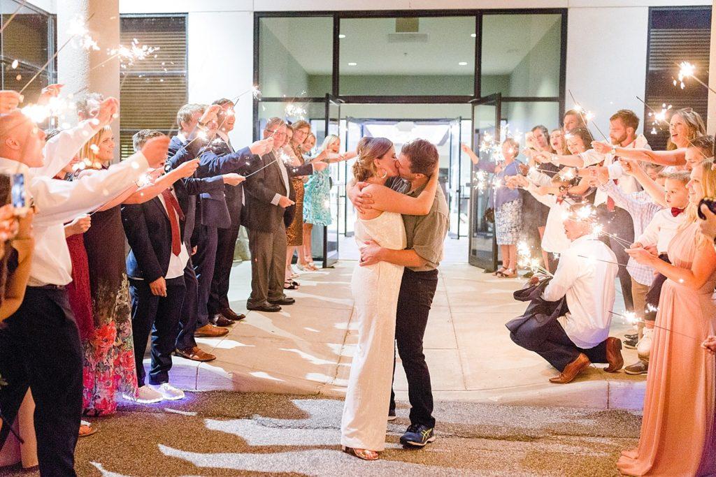 Newlywed Send-off at Eagles Nest Country Club Wedding
